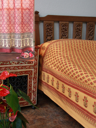 Indian Summer duvet cover with India Rose curtains
