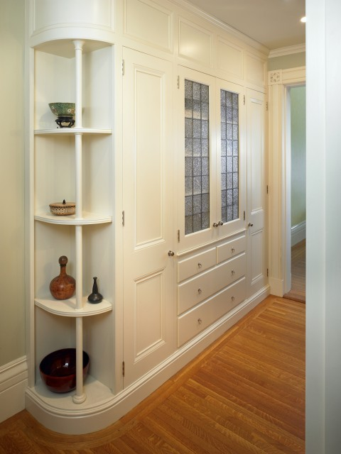 how to store linens