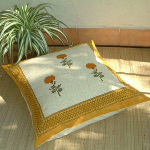 throw pillows for Moroccan bedding