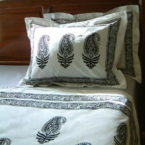 Paisley pillow shams