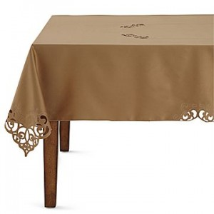gold round tablecloth
