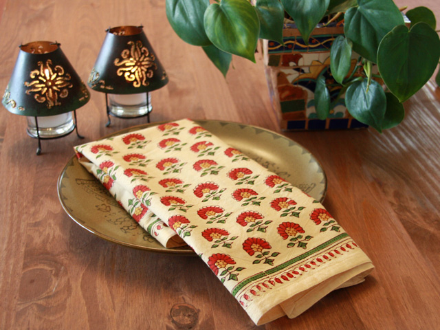 Tropical Wedding table linens