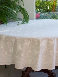 Ivy Lace Tablecloth, Round