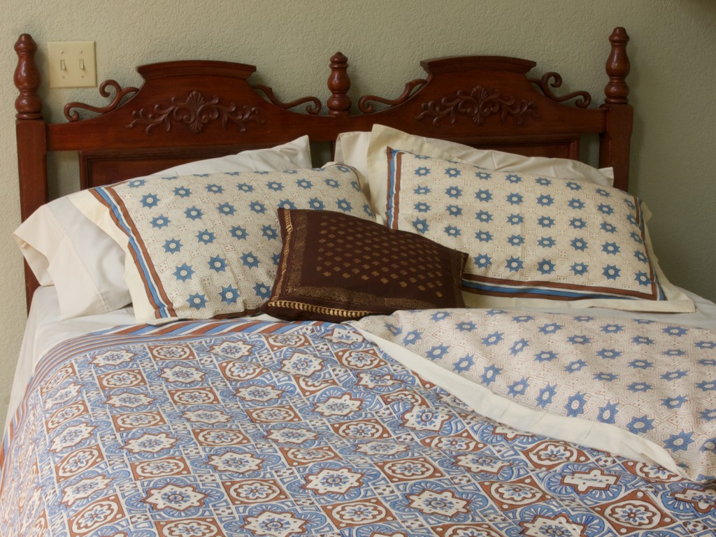 A simple look with Ocean Breezes bed linens