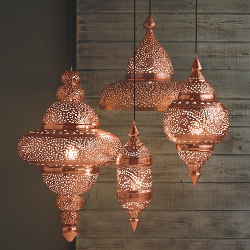 bright-copper-hanging-moroccan-lamps