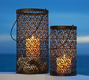 Scroll lanterns