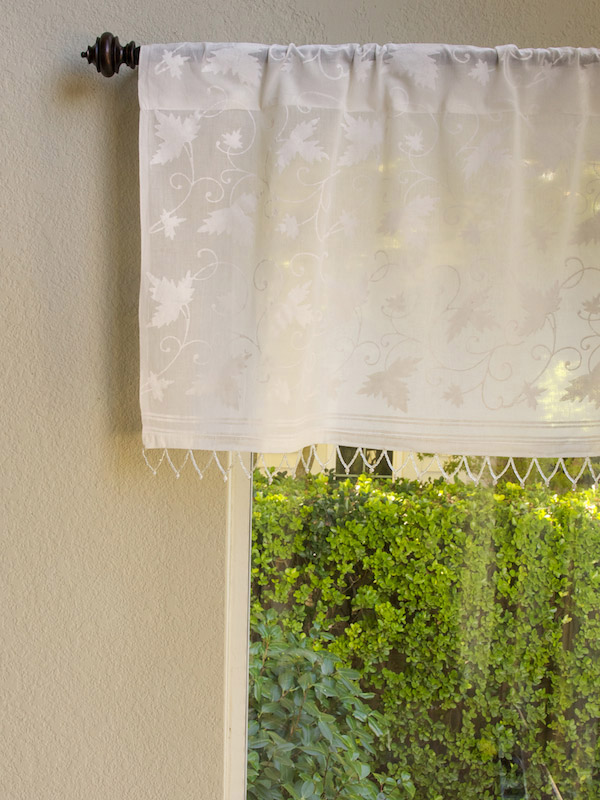 Ivy Lace ~ White Country Beaded Window Valance