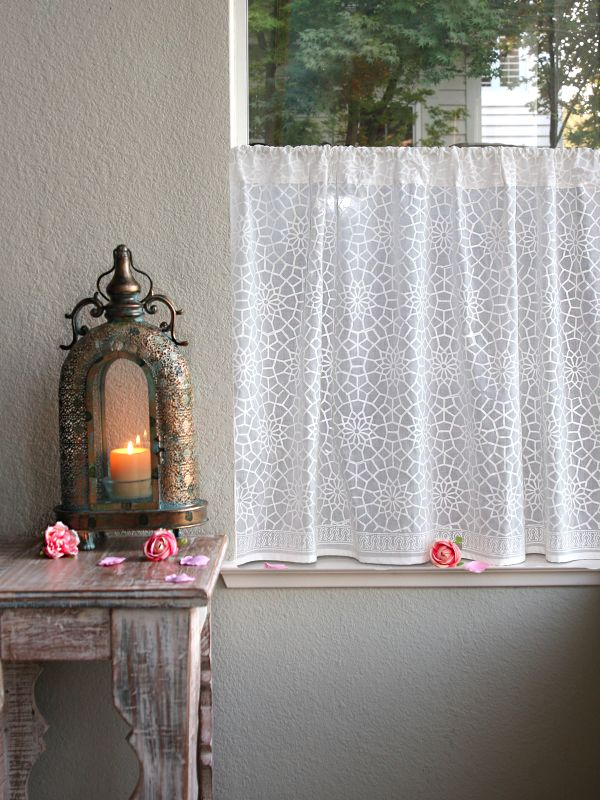 rm_white_Moroccon_inspired_lattice_kitchen_curtain_main