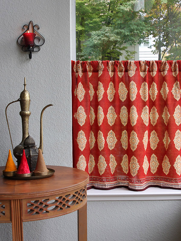 sr_red_orange_moroccan_style_inspired_kitchen_curtain_main