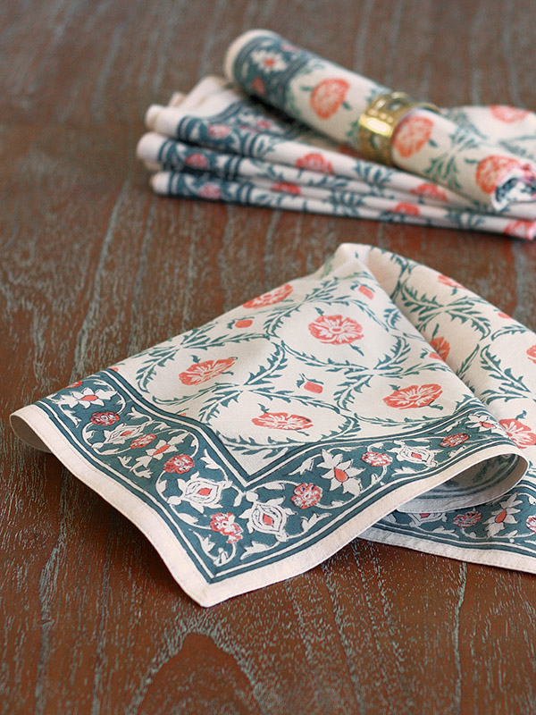 wp_french_country_botanical_yellow_dinner_napkins_detail