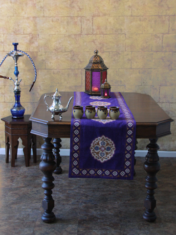 sp_blue_moroccan_table_runner