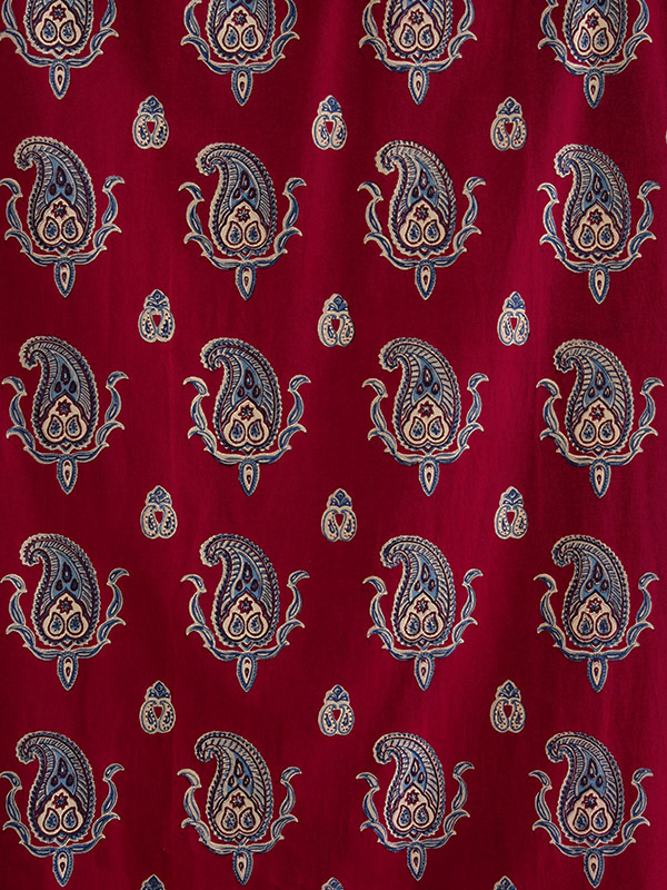 dp_paisley_vintage_red_blue_swatch_vertical