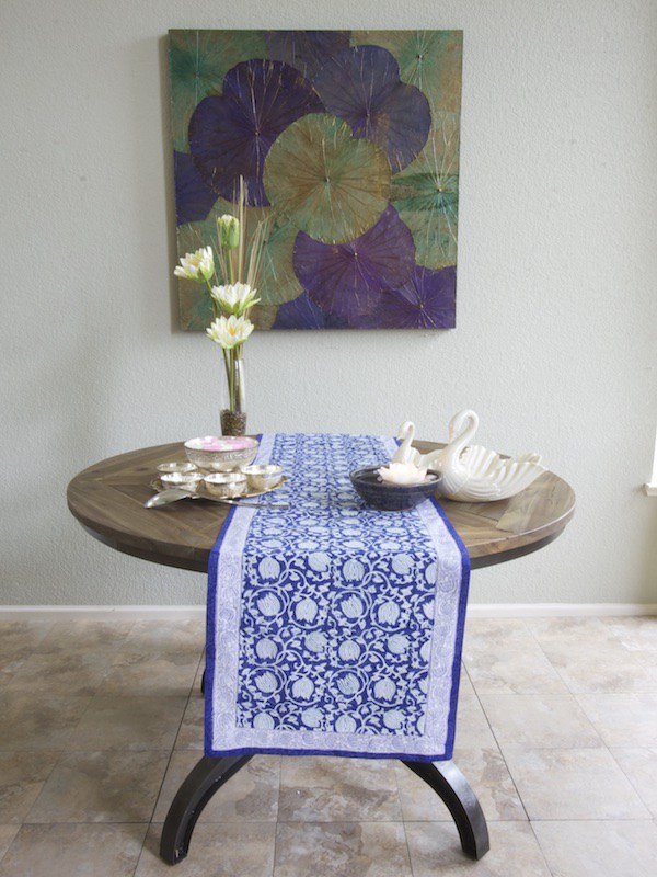 Lotus Asian Blue Runner Round Table Ml Fl Swatch Vertical