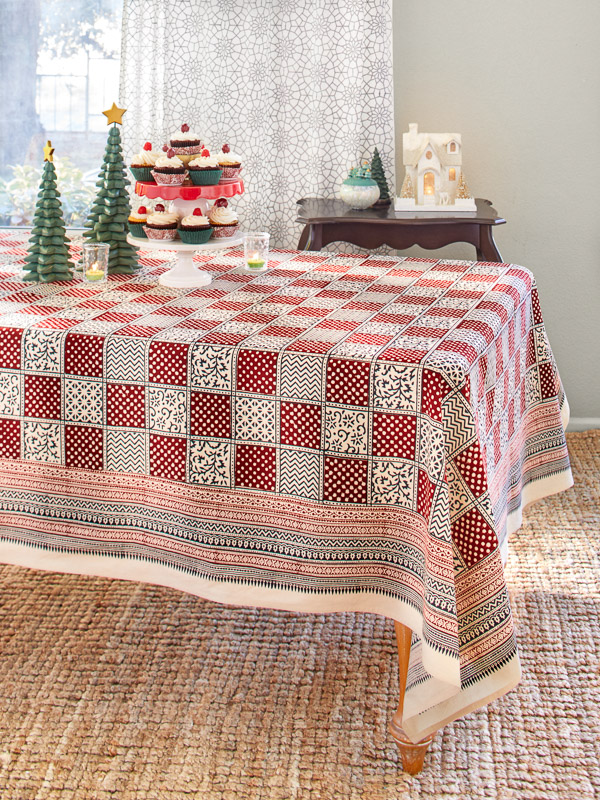 Red Plaid Christmas Holiday Tablecloth