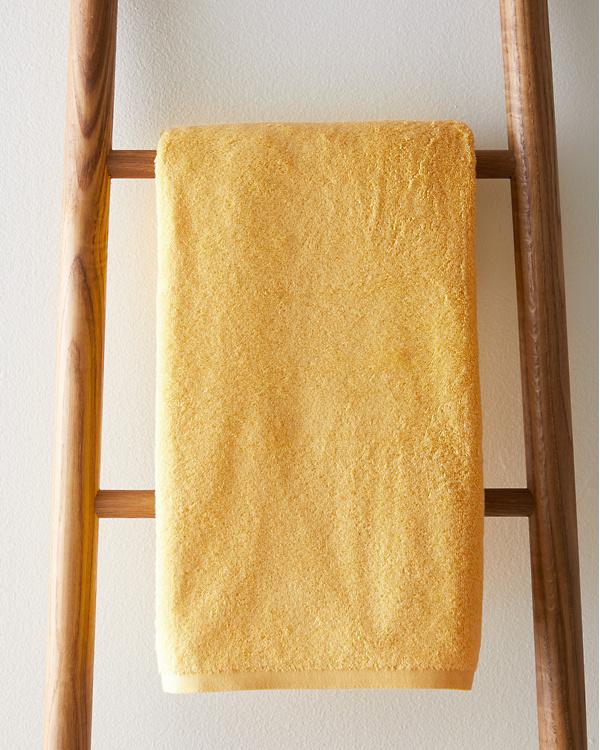 Spicy Red Bathroom Decor Perfect For Summer Saffron Marigold