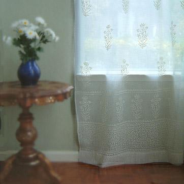 Elegant White Bedding, Curtains & Table Linens