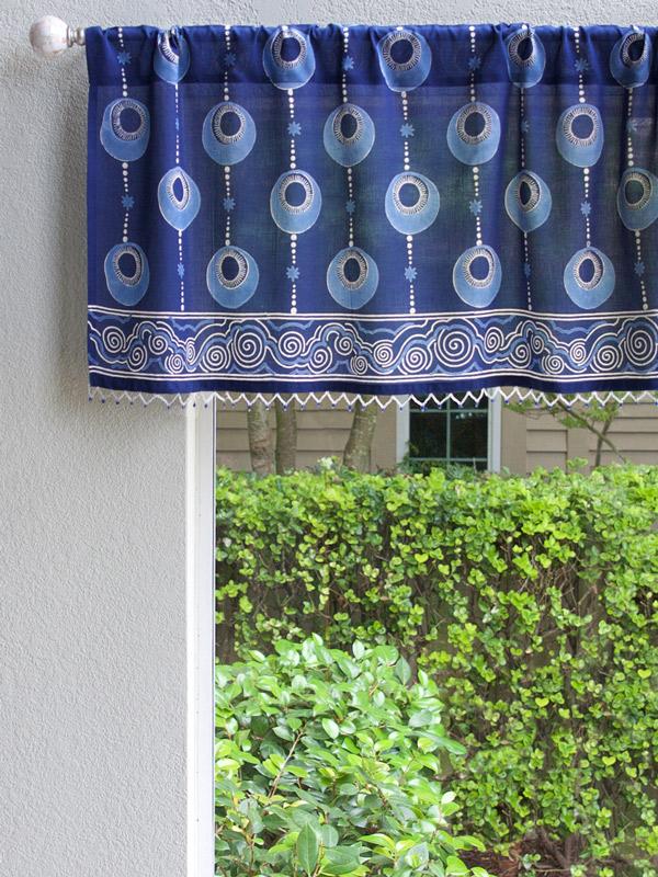 Navy blue curtain valance as an indigo blue bathroom window curtain