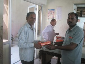 Rajkumar ji, distributing gifts to all the aritisans