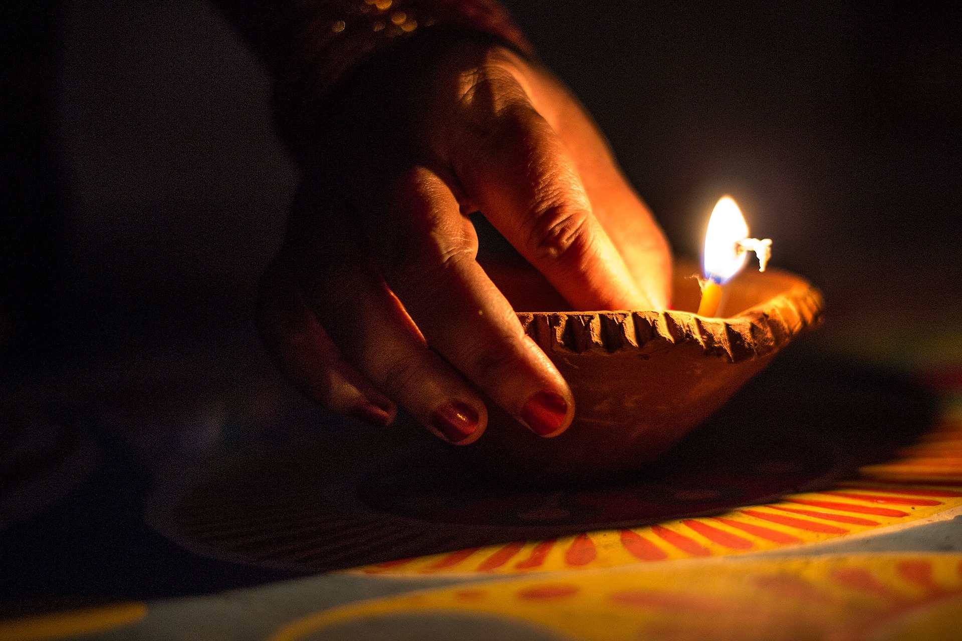 festival of lights and diyas