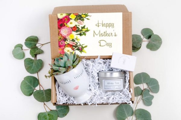 meaningful Mother's day gifts for the gardener