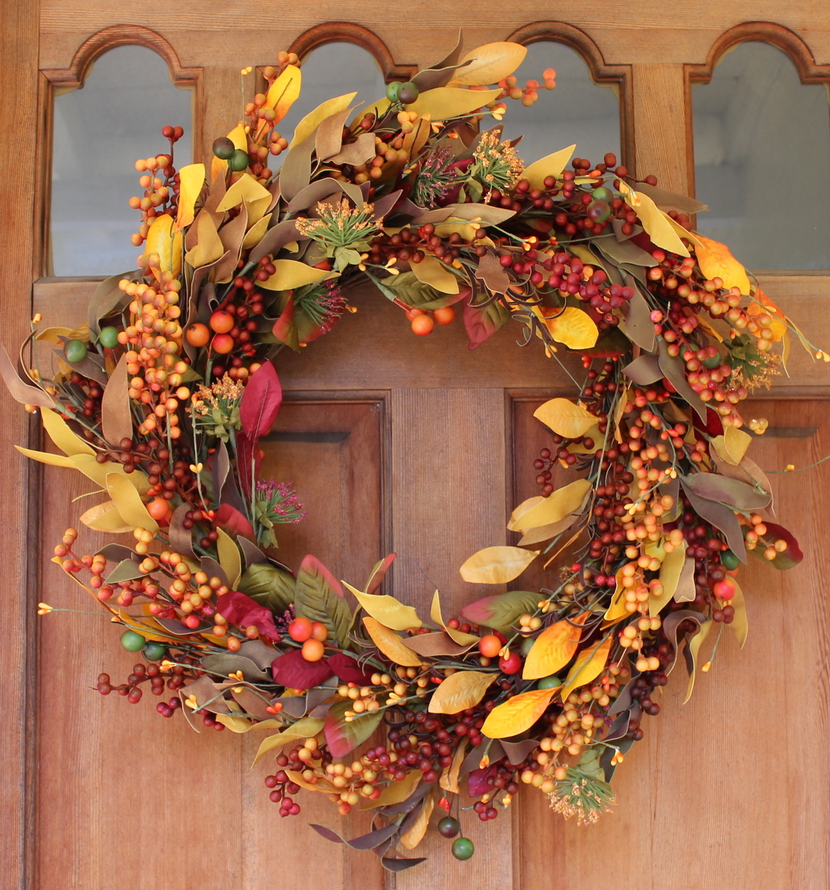 Saranac Berry Fall Front Door Wreath 22 Inches