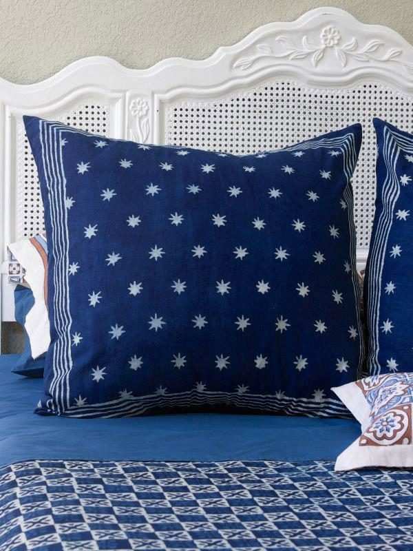 navy blue pillows with white stars