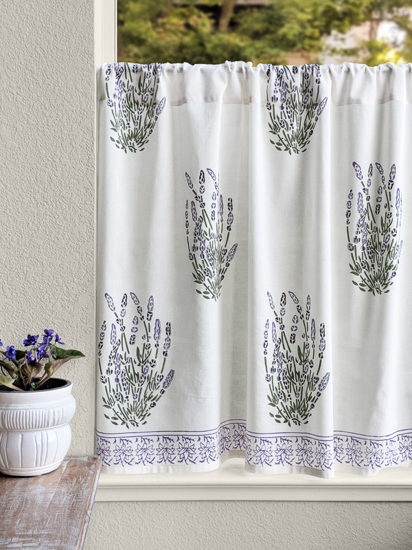 Country Cottage Creamy White Kitchen Curtain