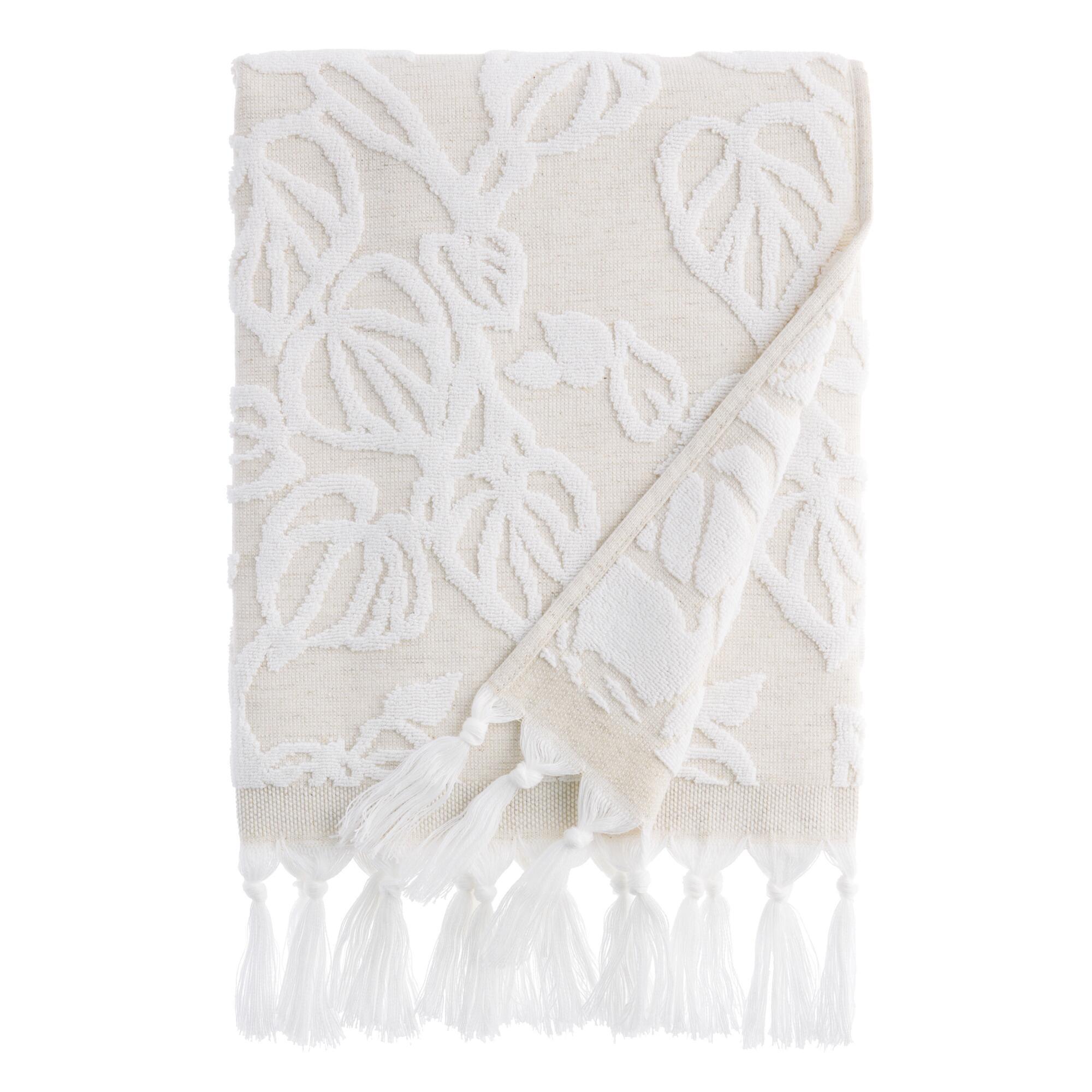 Natural And White Sculpted Vine Katsura Bath Towel