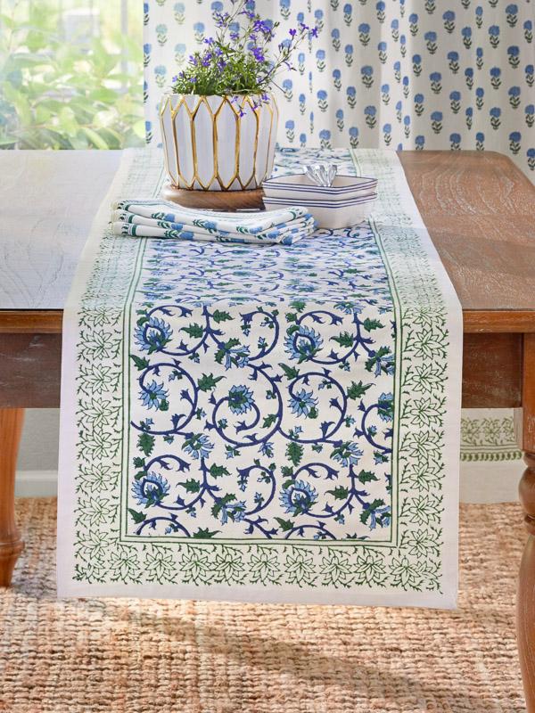 Elegant Floral White Green Table Runner