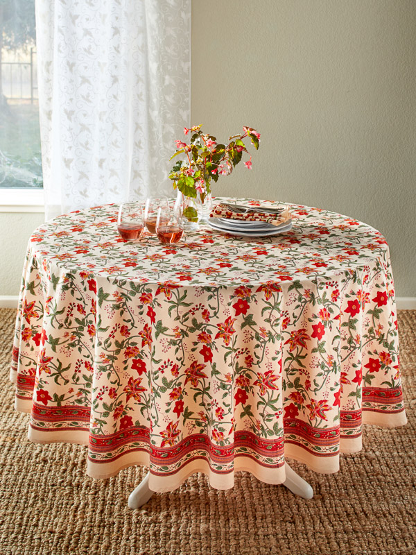 Colorful Red Floral Round Country Table cloths