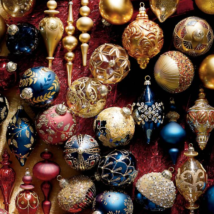60-Piece Roman Christmas Ornament Collection