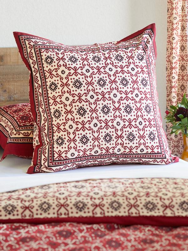 Rustic Red Black European Pillow Sham Cover