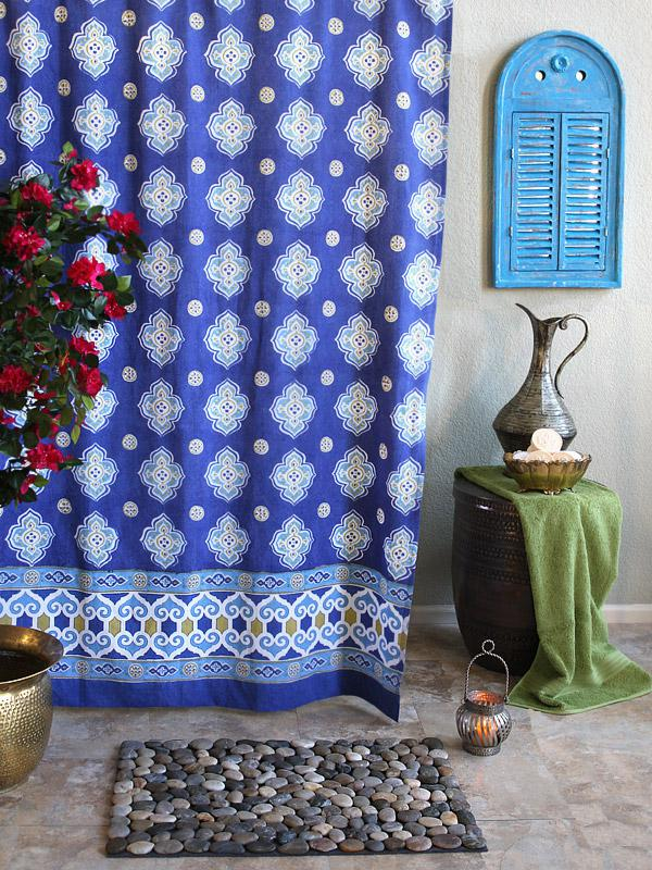 Moroccan Style Quatrefoil Print Shower Curtain