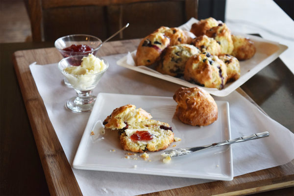 English high tea from the Hummingbird Tea Room for a Mother's Day celebration