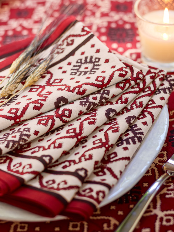 black and red cloth napkins