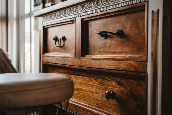 dresser for linen storage