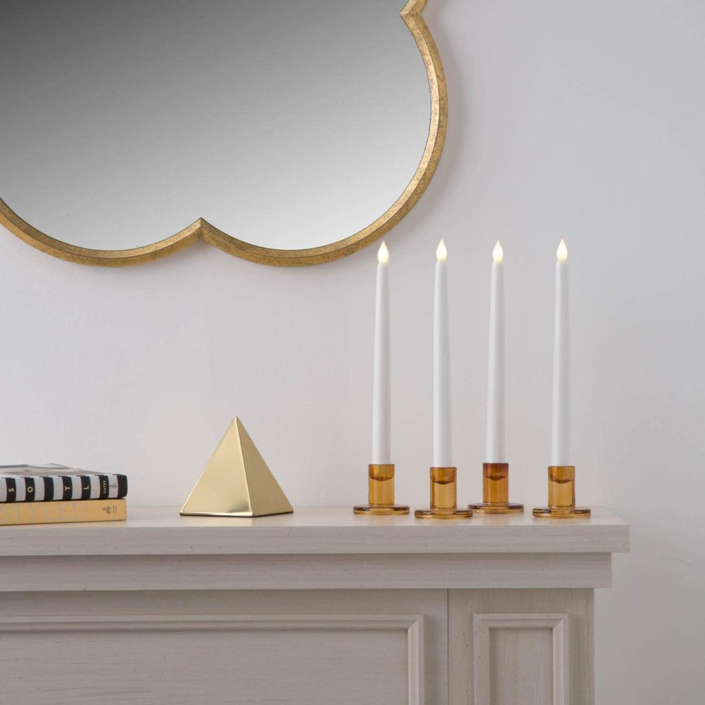 candles and housewarming gifts