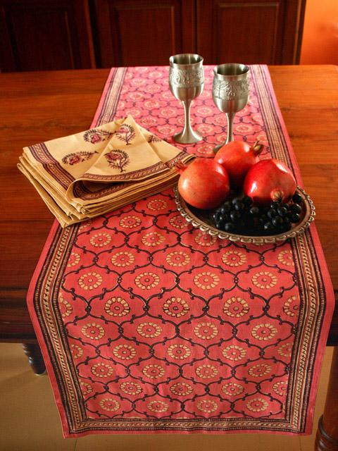 Colorful Exotic holiday table linens