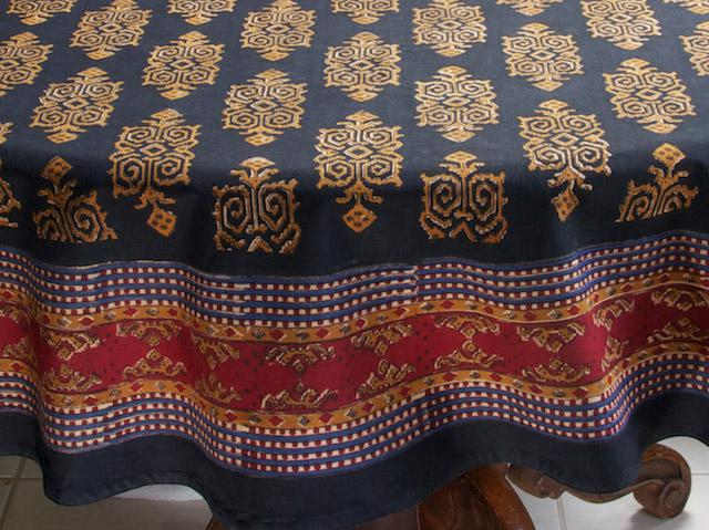 Black Round Tablecloth Designer Party Tablecloth 70
