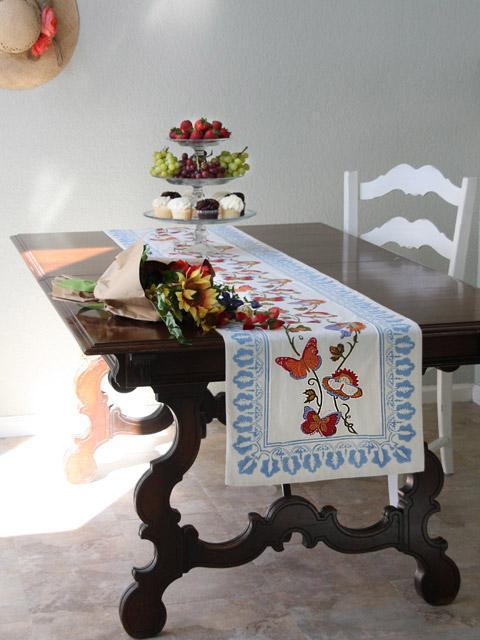Merveilleux Butterfly Table Runner, White Cotton Table Runner, French Country Table  Runner | Saffron Marigold