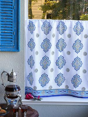 Casablanca ~ Moroccan Quatrefoil White Kitchen Cafe Curtain