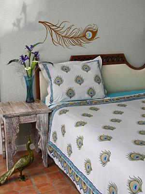 Dance O Peacock ~ Peacock Feather Ivory Duvet Cover