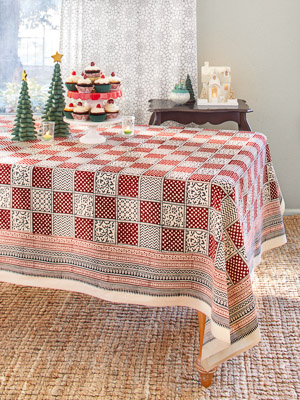 Fete Royale ~ Red Plaid Christmas Holiday Tablecloth