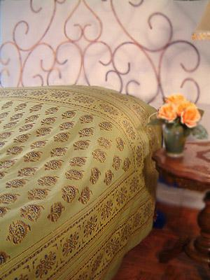 Memories of Shalimar ~ Asian Green and Gold Duvet Cover