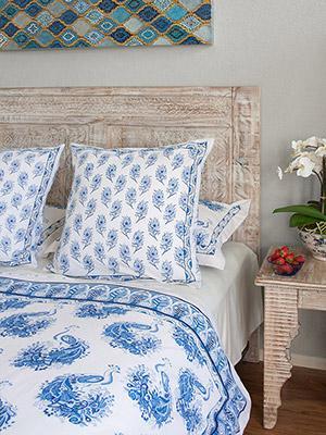 Euro Shams Loulou2 Enchanting Bedroom Decor Ideas With