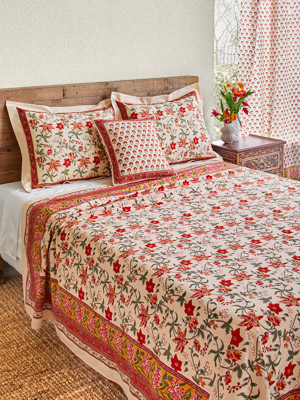 Tropical Garden ~ Colorful Red Floral Country Bedspread