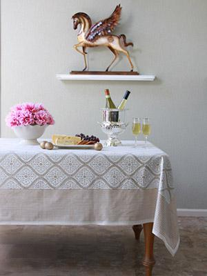 Vanilla Glacé ~ White Gold Romantic Elegant Luxury Tablecloth