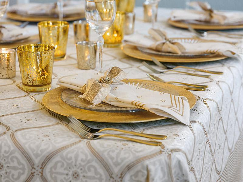 White Tablecloth 90 Round White Tablecloth 70 Round
