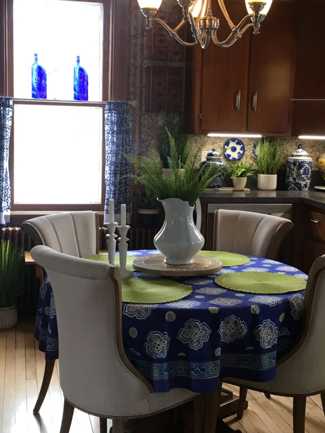 blue cafe curtains in breakfast nook